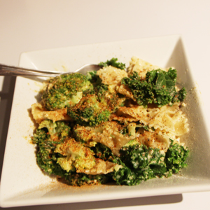 Vegan Creamy Pasta with nutritional yeast and cashews