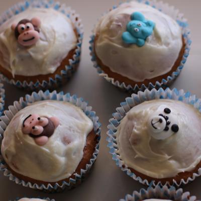Jungle animal cupcakes