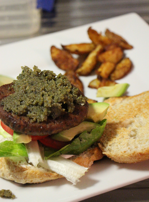 Veggie burger with hemp seed pesto