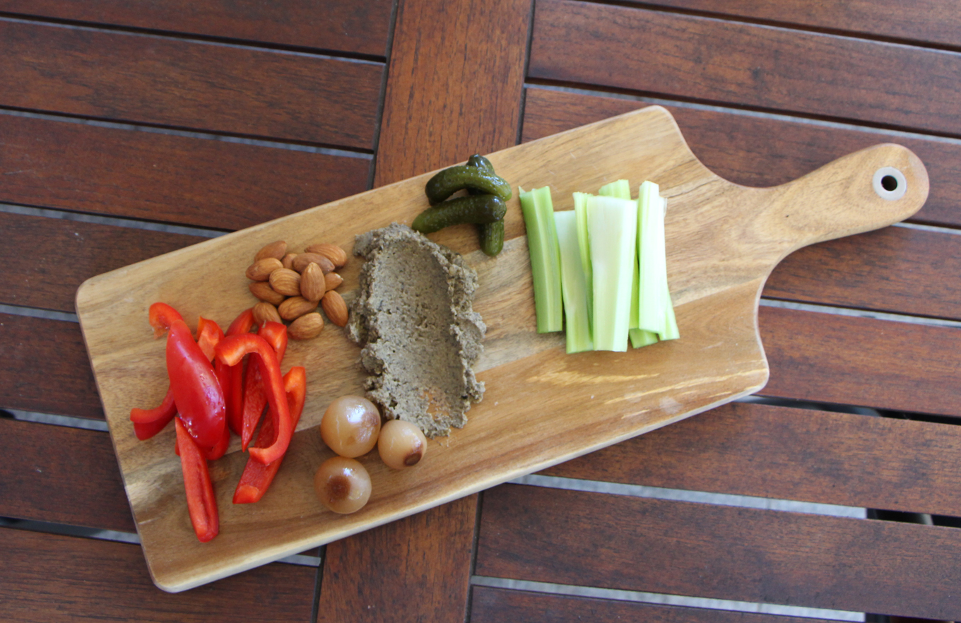 Olive and Chickpea Dip | Vegan | Modern Day Missus