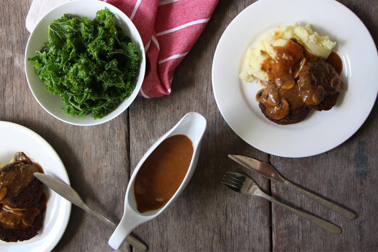 mushroom and black pepper gravy - vegan